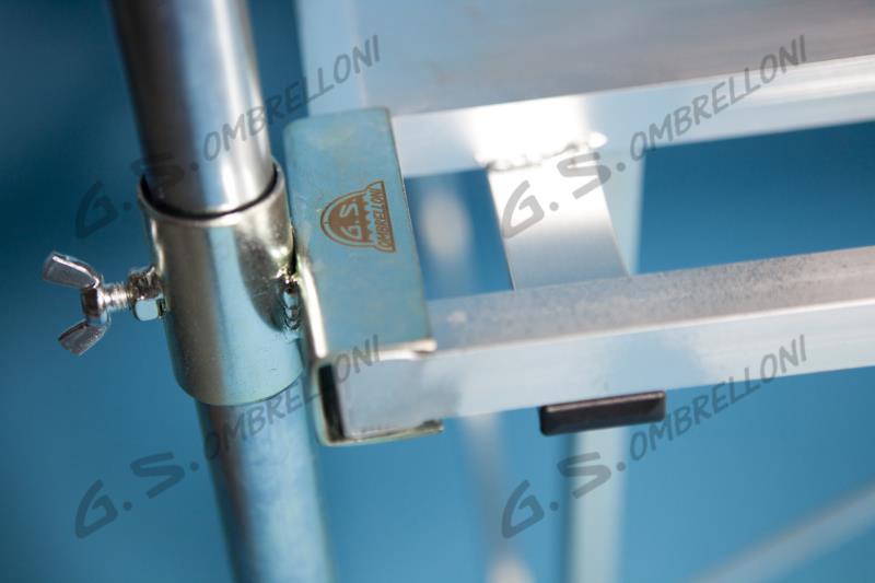 Ombrelloni Per Ambulanti Cisa.Banchi In Alluminio Per Ambulanti Usati Vendita Banchi Per